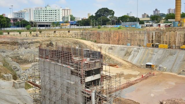 Obra de saneamento em São Bernardo do Campo (SP), em foto de 2018