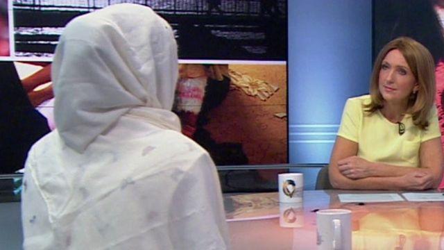 Zara en conversación con la presentadora de la BBC Victoria Derbyshire.