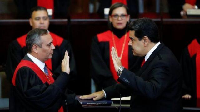 Nicolás Maduro jura como presidente