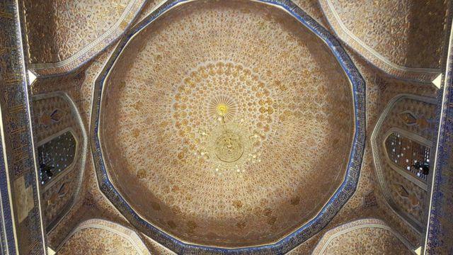 Telhado do túmulo do imperador Tamerlane