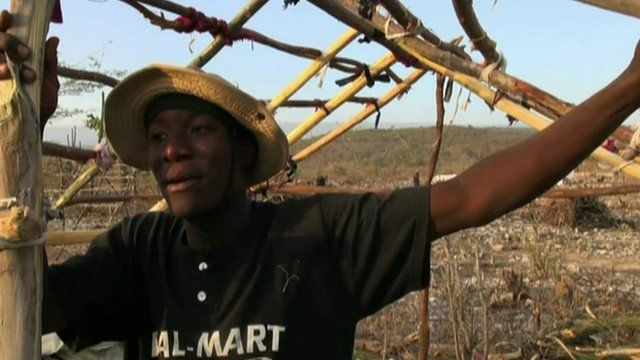 A migrant from DR on the Haiti border
