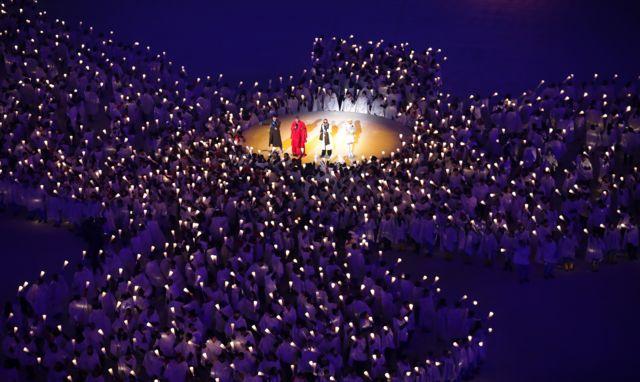حرکات نمایشی در مراسم افتتاحیه المپیک