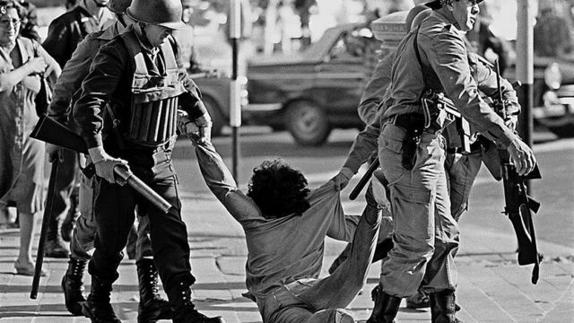 Protesto contra a ditadura em 1982