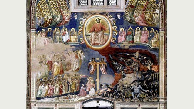 Фрески Джотто в капелле Скровеньи в Падуе, на которых среди прочего, изображен и Страшный суд, размещены над выходом из церкви (чтобы не забылось)