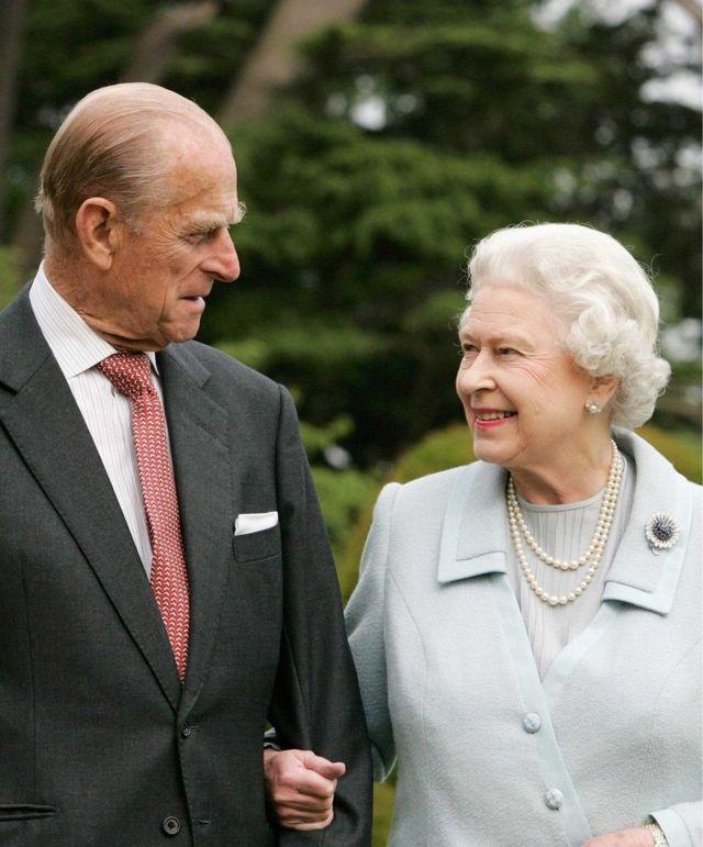 ملکه الیزابت و شاهزاده فیلیپ