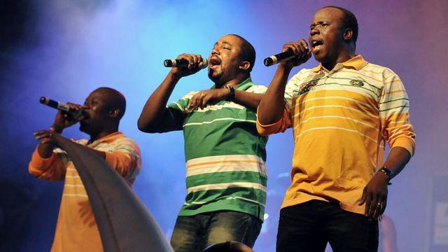 Musique: le groupe ivoirien Magic system totalise 20 ans. Les rois du Zouglou se sont imposés avec une carrière musicale hors du commun et se sont faits respectés grâce à leurs œuvres caritatives dans leurs pays.