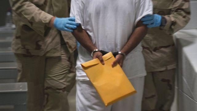 سجين في غوانتانامو