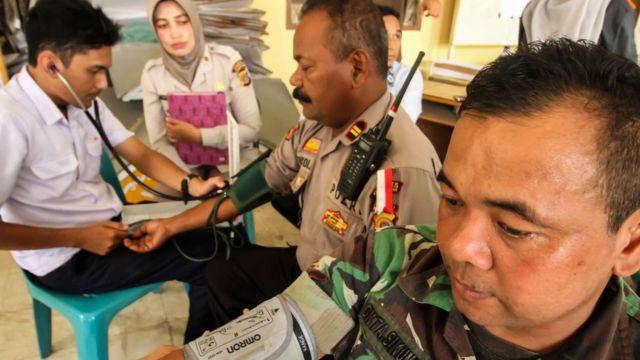Pemeriksaan petugas TNI Polri
