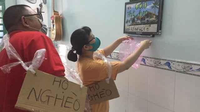 Nhà hoạt động Phạm Thanh Nghiên châm biếm về gói cứu trợ 62 ngàn tỷ