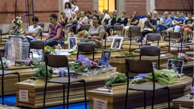 церемония прощания с погибшими