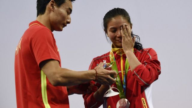 Rio 2016: Was Chinese proposal romantic or just a form of male control?