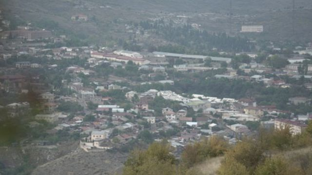 Stepanakert, vista desde Shusha