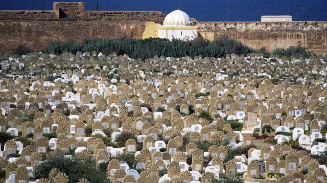 Le cimetière de l'ancien médine à Robot, au Morocco