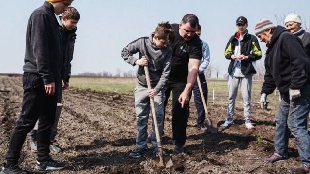 Геннадій Мохненко з синами