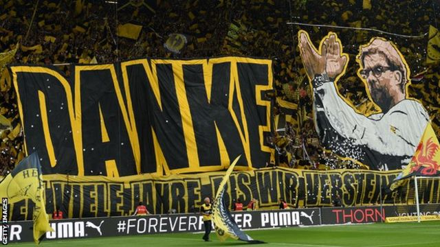 Dortmund fans bid farewell and thank Klopp in his last match as manager in May 2015