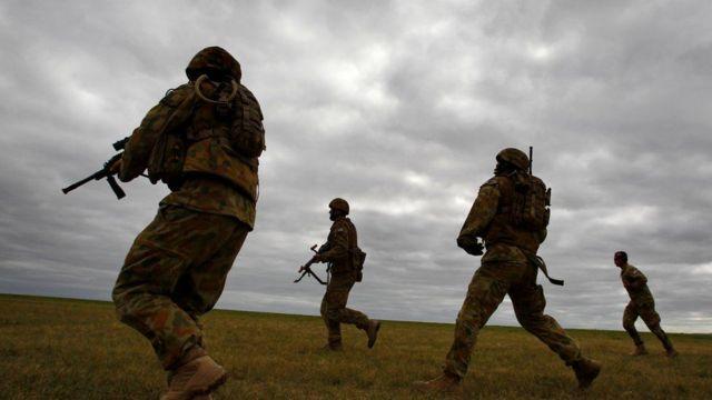 প্রতিবেদনে আফগানিস্তানে দেশটির সৈন্যদের ''যুদ্ধবাজ সংস্কৃতির'' মনোভাবকে উৎসাহ দেয়ার অভিযোগ আনা হয়েছে