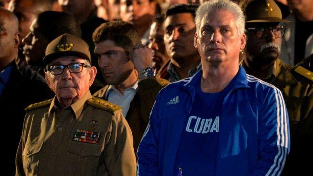 Raúl Castro y Díaz Canel en 2020.