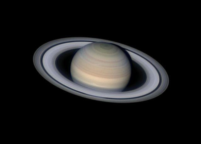 Saturno sereno de Damian Peach