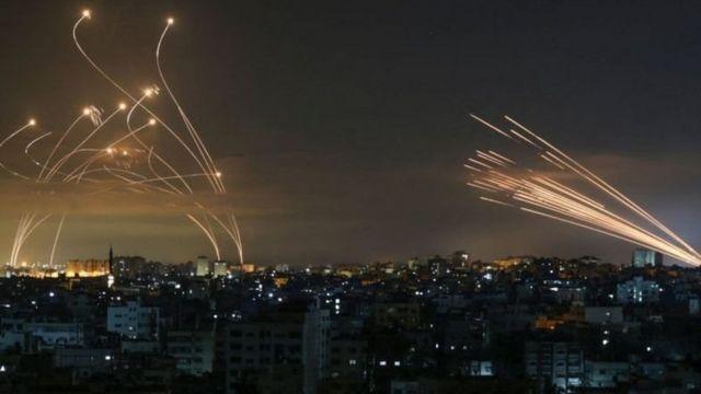 Misiles en los cielos de Gaza