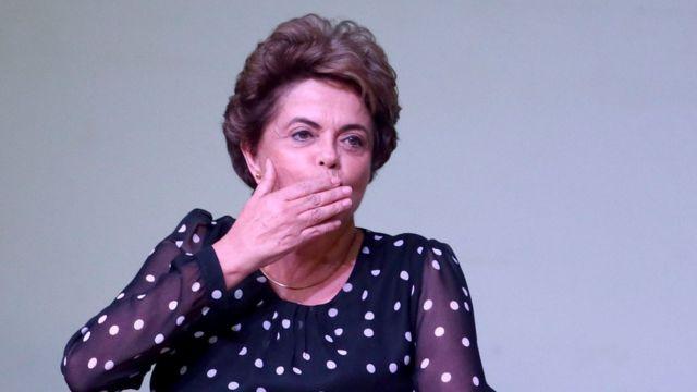 Dilma Rousseff no lançamento do livro A Resistência ao Golpe de 2016, na UnB, em 30/5/2016