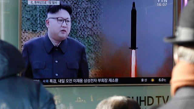 كوريا الشمالية تقول إن الصاروخ الجديد يمكنه حمل رؤوس نووية وطوكيو وسيول تنددان بهذا الاختبار الصاروخي الجديد