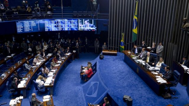 Opostiores e aliados de Dilma deverão levar mesmo número de apoiadores para ver a presidente depor