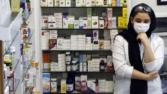 آمریکا می گوید واردات دارو و غذا تحریم نیست ولی رویترز می گوید بانک های خارجی از انجام این گونه مبادلات نگرانند
