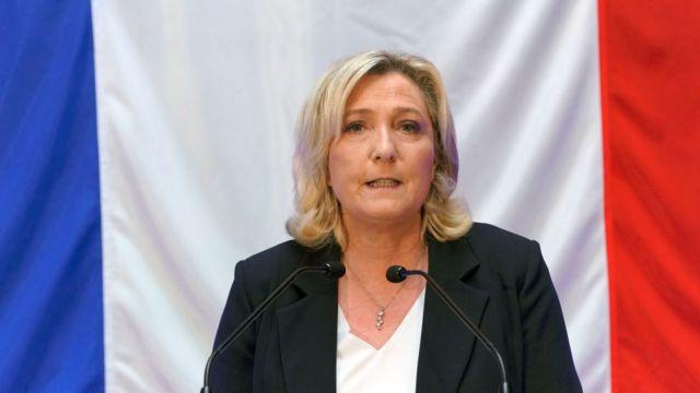Aşırı sağ Ulusal Yürüyüş Partisi lideri Marine Le Pen
