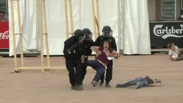 Special Forces conduct training exercise at fan park in Lyon