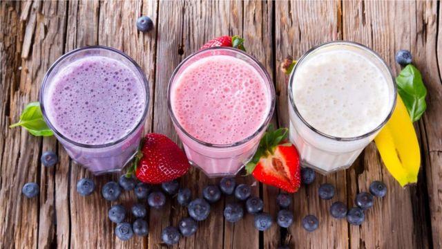 2016年,全球蛋白质补充食品的市场价值达124亿美元(合92亿英镑)。图为冰沙。(smoothies)(Credit: Getty Images)