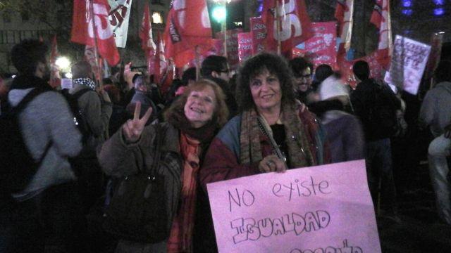 Susana Blois (à esq.) e a companheira Nora