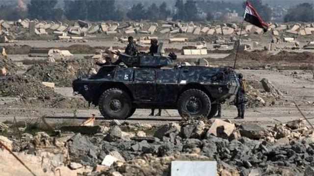 Ingabo za Irak ziherutse kwisubiza ikibuga k'indege cya Mosul.