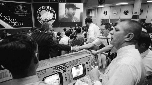 太空任务控制中心