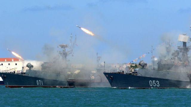 Dünyanın dört bir yanında donanmalar her yıl tatbikatlarda yüzlerce ton patlayıcı kullanıyor