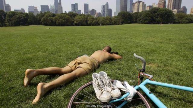 Một nghiên cứu cho thấy các doanh nhân ít đi nghỉ phép ở tuổi trung niên thường chết sớm hơn và yếu hơn khi về già