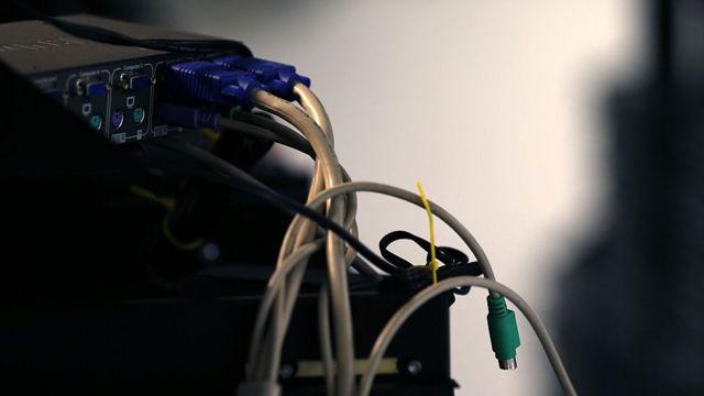 conexiones de cables a un router