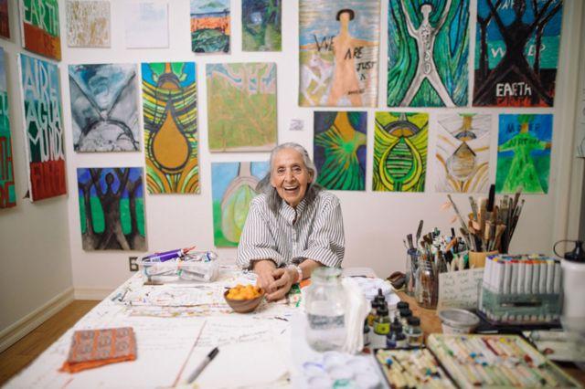 Luchita Hurtado, 2019, © Luchita Hurtado, Cortesía de la artista y Hauser & Wirth, Foto: Oresti Tsonopoulos
