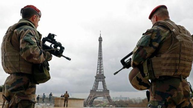ပြင်သစ်နိုင်ငံပဲရစ်မြို့ လုံခြုံရေးတင်းကျပ်