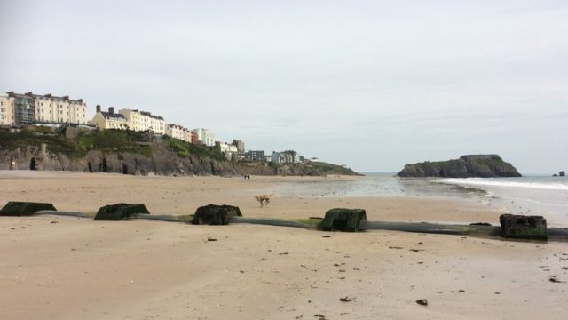 Warnings as Tenby beach sand 'disappears'