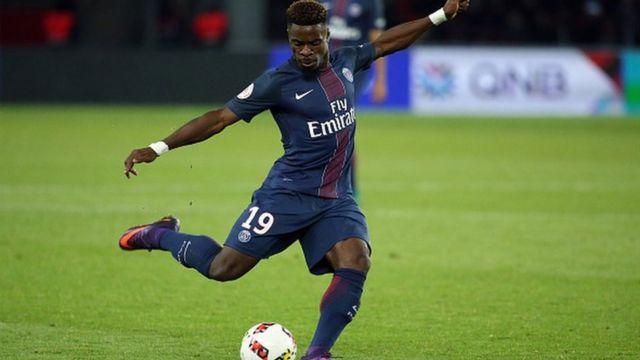 Le défenseur du PSG Serge Aurier