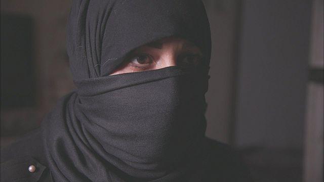 إحدى الضحايا تتحدث إلى مراسلة بي بي سي عن تجربتها