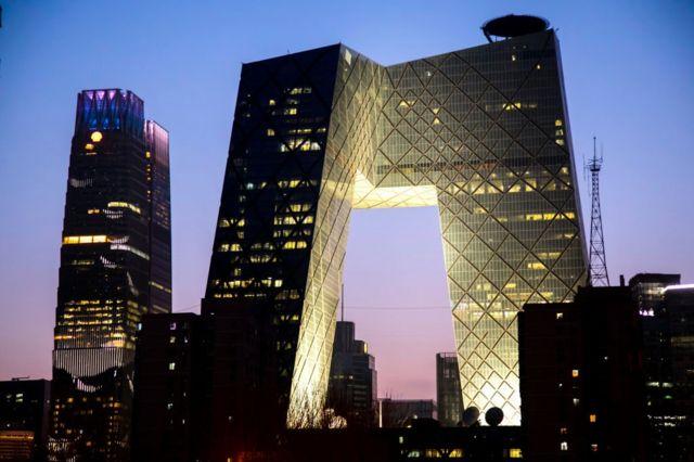 2018年,中國的三大官方媒體中央電視台、中央人民廣播電台和中國國際廣播電台合併為中央廣播電視總台。