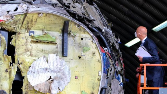 Remains of MH-17