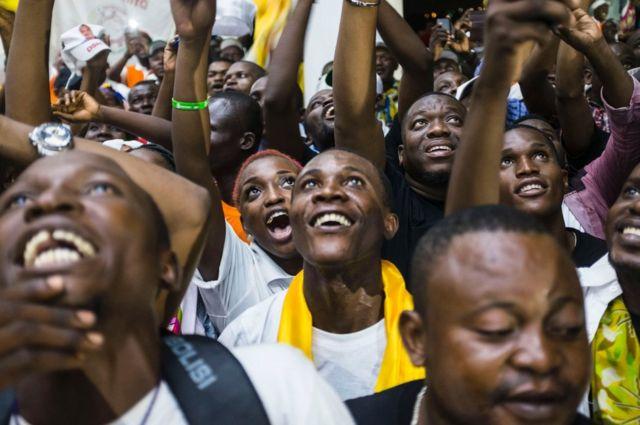 Abashyigikiiye Denis Sassou Nguesso bishimira intsinzi ye mu matora y'umukuru w'igihugu muri Congo- Brazzaville.