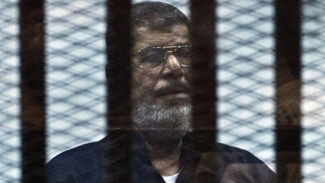 အကြမ်းဖက်မှု စွဲချက်တွေအတွက် သမ္မတဟောင်း မော်စီ ထောင်ဒဏ် တစ်သက် ပြစ်ဒဏ် ကျခံနေရ။