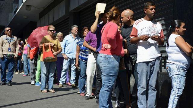 Queues in Venezuela