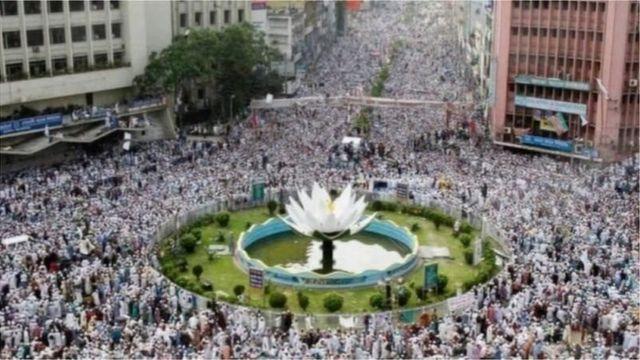 ২০১৩ সালে শাপলা চত্বরে এই সমাবেশের মাধ্যমে হেফাজতে ইসলাম আলোচনায় এসেছিল