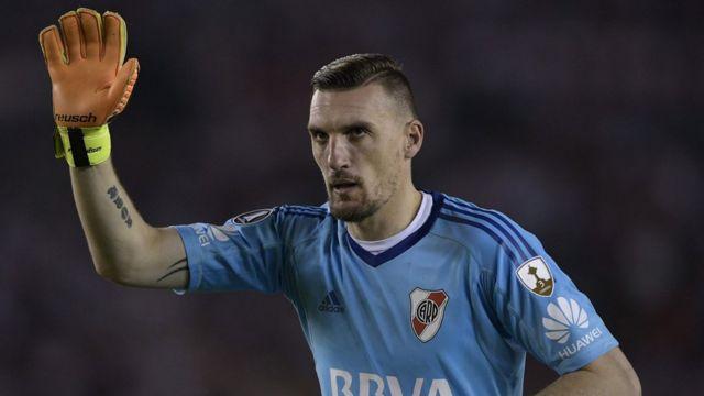 Armani, durante un partido con River Plate.