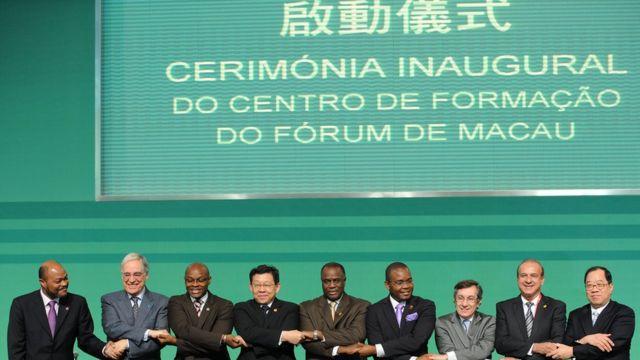 2010年在澳门举行中国-葡语国家经贸合作论坛第三届部长级会议。