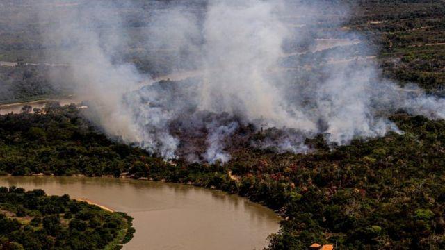 Fumaça intensa no Pantanal
